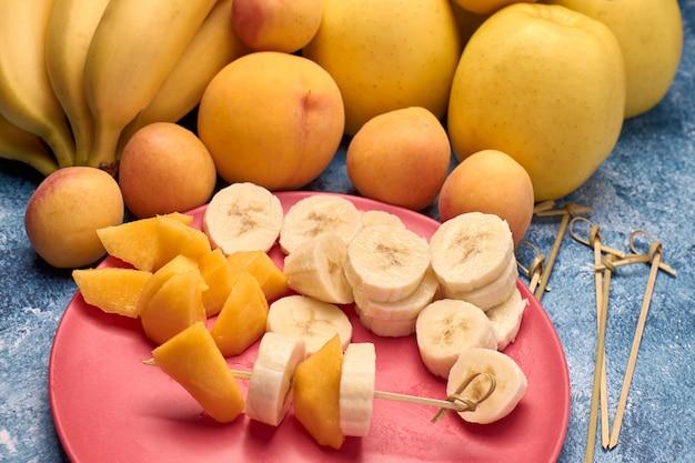 Vista, de, vários, maduro, amarelo, e, laranja, frutas