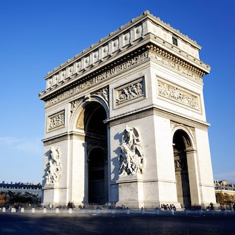 Vista do arco do triunfo, paris, frança