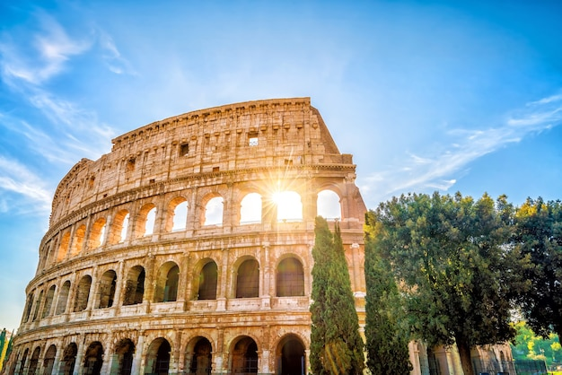 Vista do coliseu em roma, itália, europa