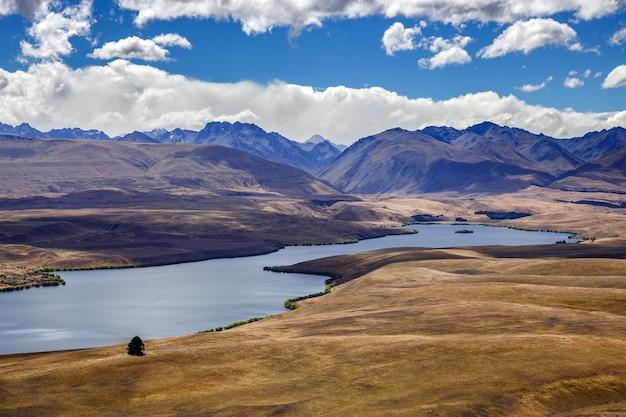 Vista do lago alexandrina na nova zelândia
