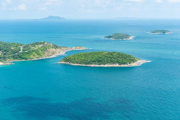 Vista do mar do oceano em phuket, tailândia.