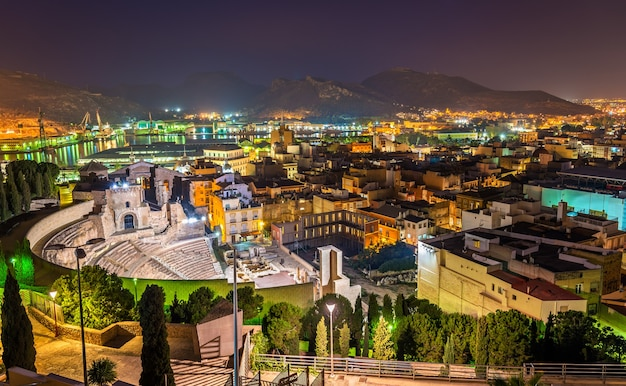 Vista do teatro romano em cartagena, espanha