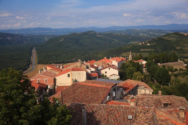 Vista do telhado de motovun