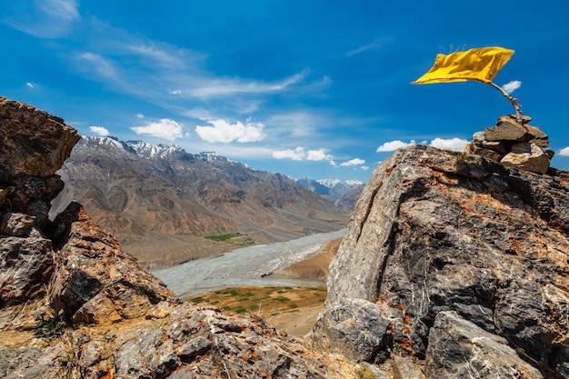 Vista do vale de spiti, no himalaia. vale spiti, himachal pradesh, índia