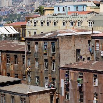 Vista elevada, de, edifícios, valparaiso, chile