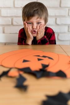 Vista em close do arranjo de halloween