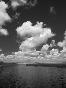 Vista fascinante sobre o rio saint john's na flórida