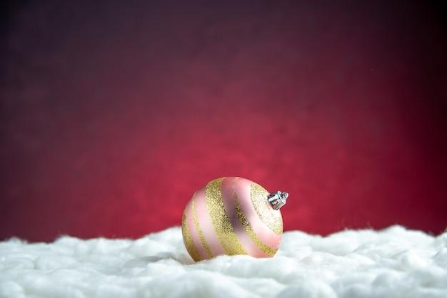 Vista frontal da bola da árvore de natal