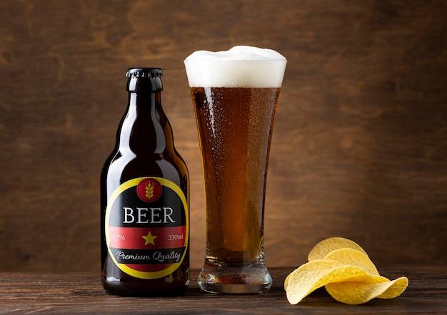 Vista frontal da saborosa composição da cerveja americana