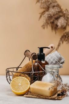 Vista frontal de produtos relaxantes para ambientes internos