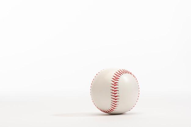 Vista frontal do beisebol com espaço de cópia