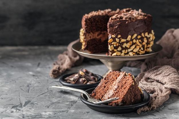 Vista frontal do conceito de bolo delicioso