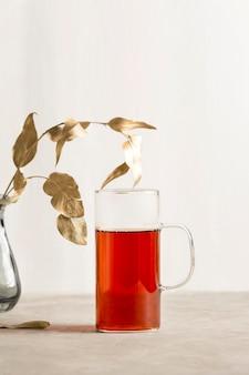 Vista frontal do conceito de chá com espaço de cópia
