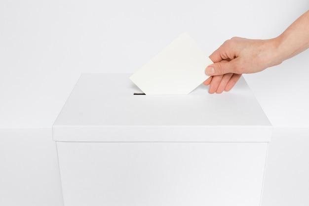 Vista frontal do conceito de eleições com espaço de cópia