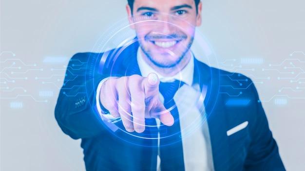 Vista frontal do empresário e tecnologia