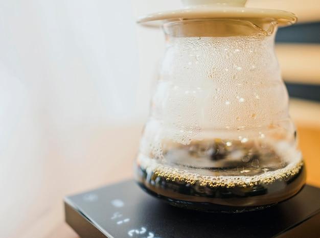 Vista frontal do filtro de café