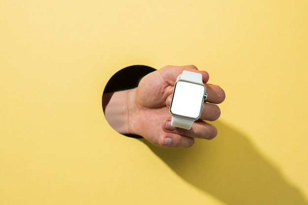 Vista frontal, mockup, smartwatch, segurado, por, pessoa