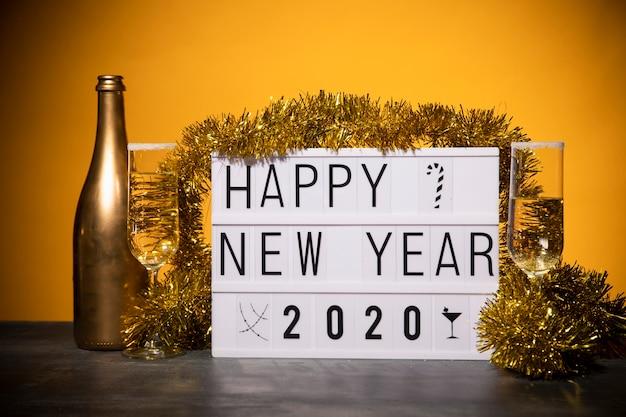 Vista frontal preparação de ano novo para festa