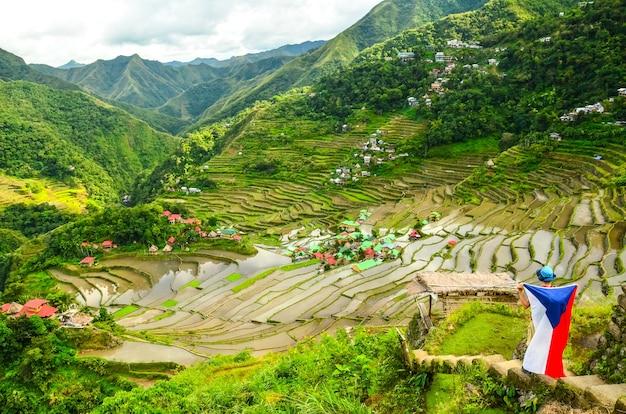 Vista hipnotizante dos terraços de arroz batad