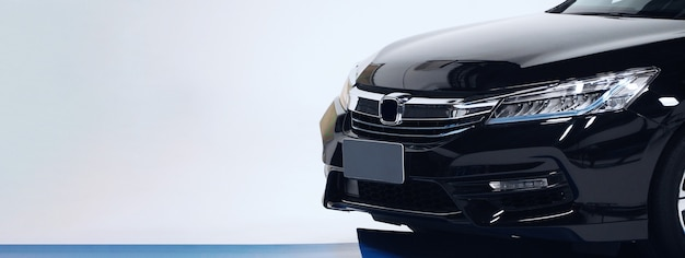 Vista lateral das peças da carroceria peças automotivas do carro, como o lado do espelho do farol do pneu da roda da janela