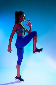 Vista lateral, de, atleta, exercitar