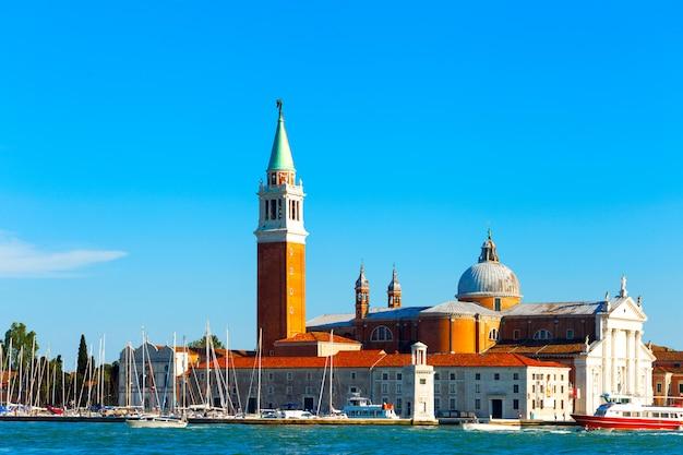 Vista na ilha de san giorgio maggiore, veneza, itália