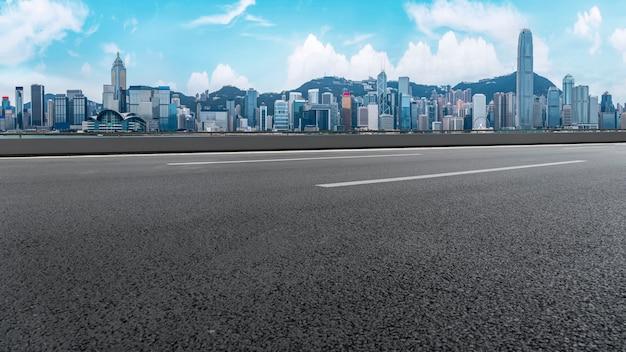 Vista panoramic, de, vazio, estrada, em, cidade