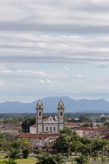 Vista panorâmica da cidade colonial histórica