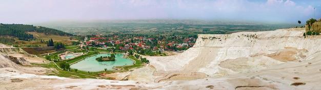Vista panorâmica de pamukkale, turquia