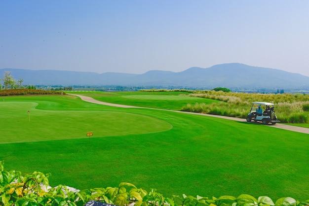 Vista panorâmica do campo de golfe