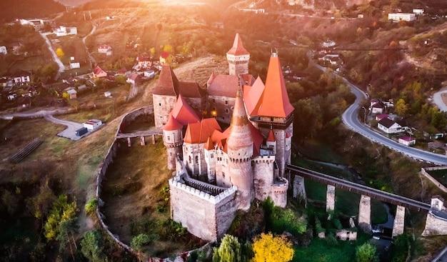Vista panorâmica do castelo corvin