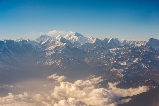 Vista panorâmica do monte everest, himalaia napal.