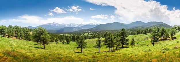 Vista panorâmica do parque nacional das montanhas rochosas