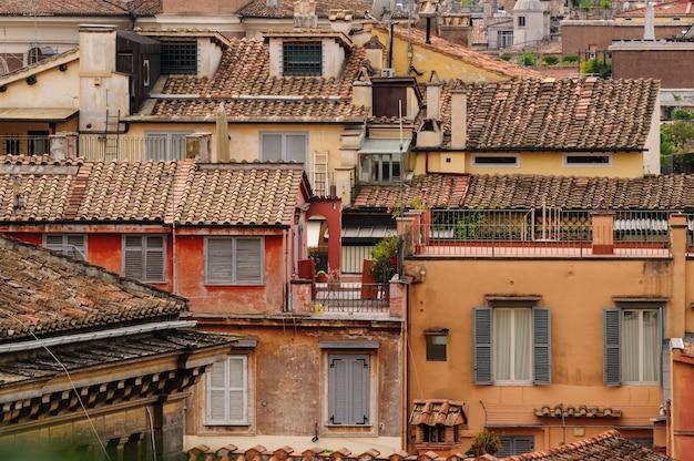 Vista panorâmica dos telhados de roma na parte histórica da cidade