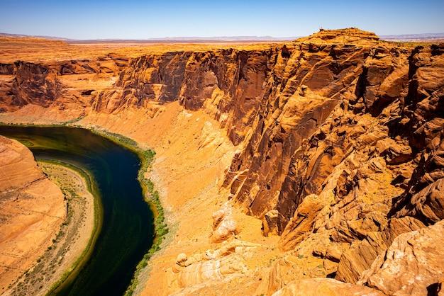 Vista panorâmica em forma de ferradura no parque nacional de grand canyon viajar estilo de vida aventura férias con ...