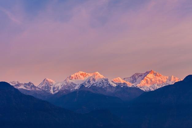 Vista para a montanha kangchenjunga