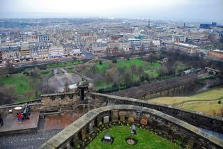 Vista para o castelo de edimburgo