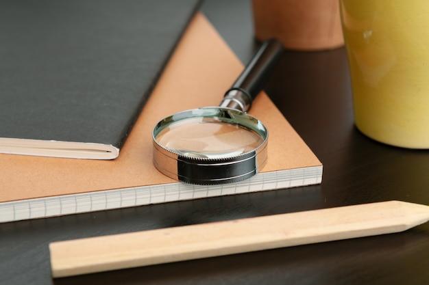 Vista plana leiga, quadro de mesa mesa escritório vista superior. acessórios de escritório i
