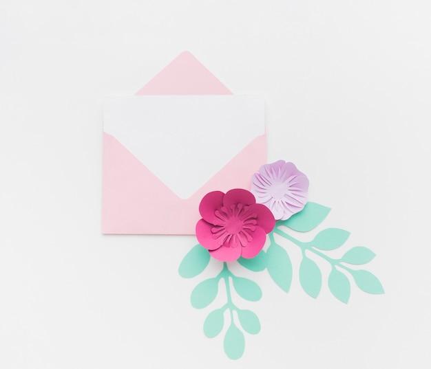 Vista superior cartão de convite de casamento