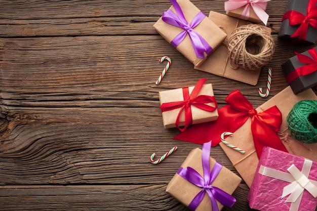 Vista superior conjunto de presentes de natal