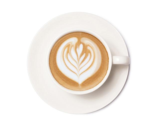 Vista superior da arte do café cappuccino com leite quente isolada no fundo branco.