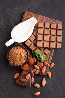 Vista superior da barra de chocolate saborosa
