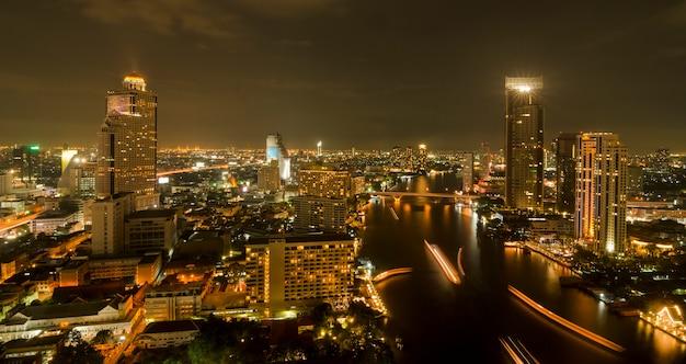 Vista superior da cidade de banguecoque à noite