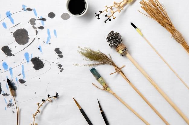 Vista superior da coleção criativa de tinta chinesa