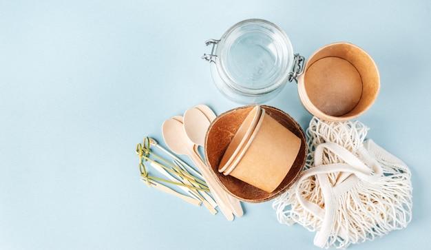 Vista superior da coleção de utensílios de mesa eco