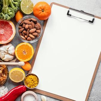 Vista superior da composição de alimentos saudáveis para aumentar a imunidade