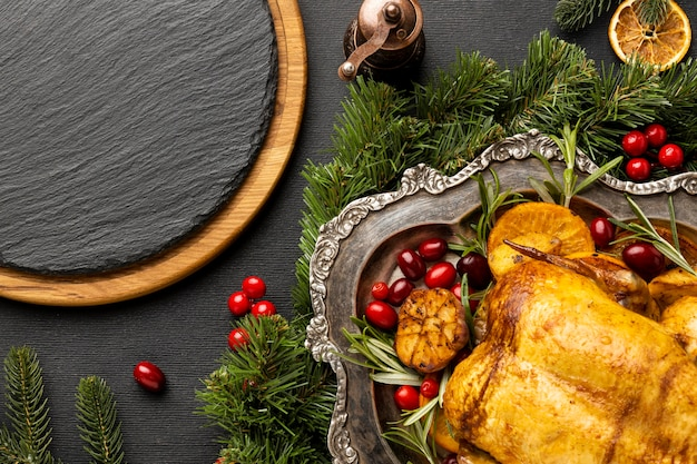 Vista superior da composição do prato festivo de natal