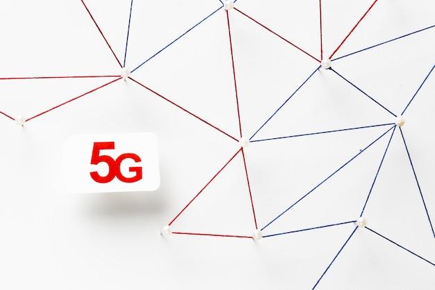 Vista superior da rede de comunicação da internet com cartão sim 5g