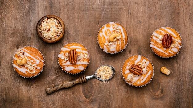 Vista superior da variedade de muffins