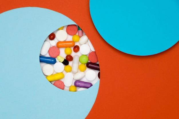 Vista superior da variedade de pílulas